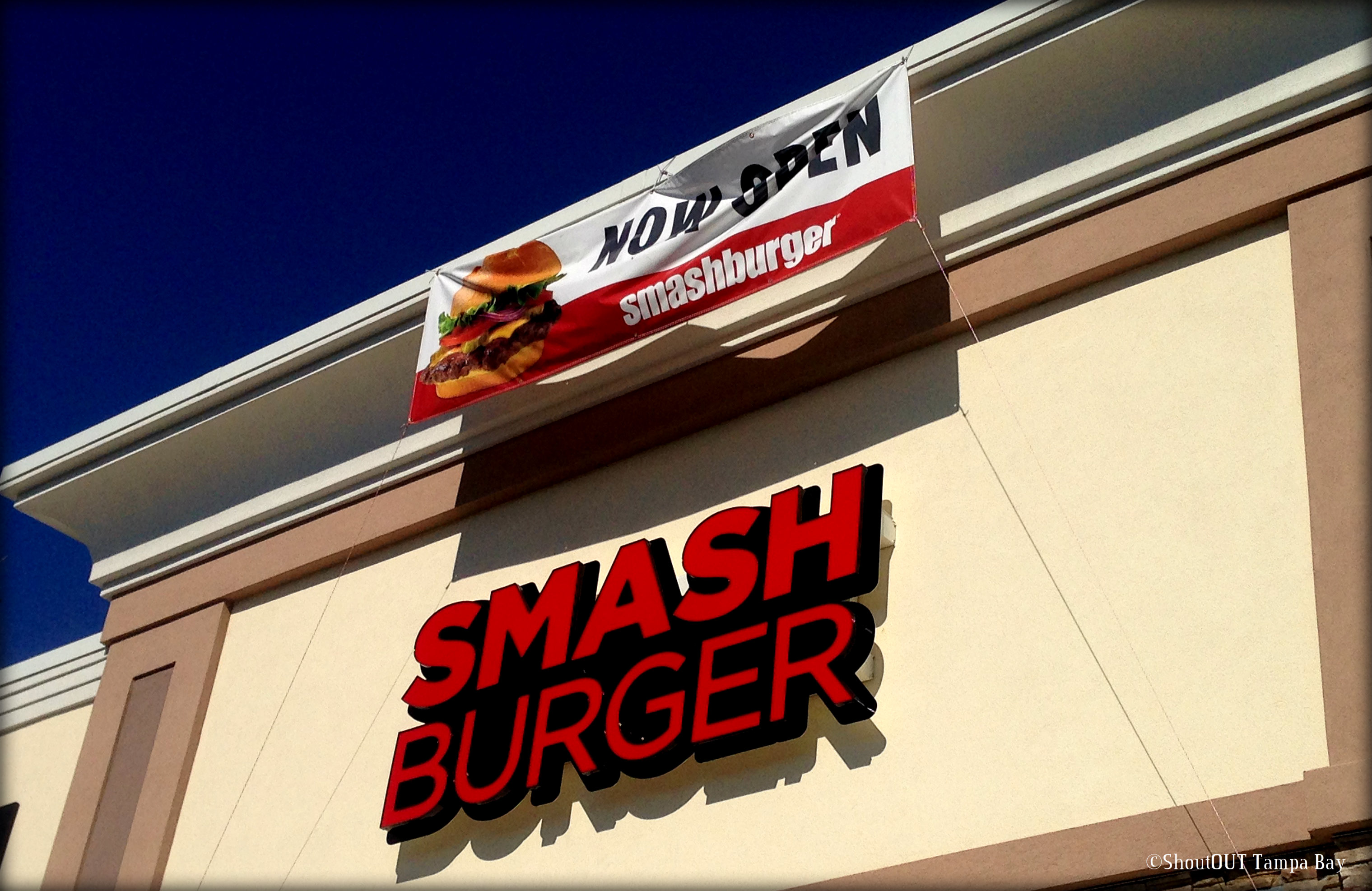 image of Smashburger outside